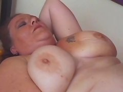 Chesty mom fucks and eats fresh cum